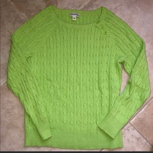 Women's pull over cable knit sweater L